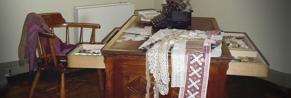 Gawthorpe desk
